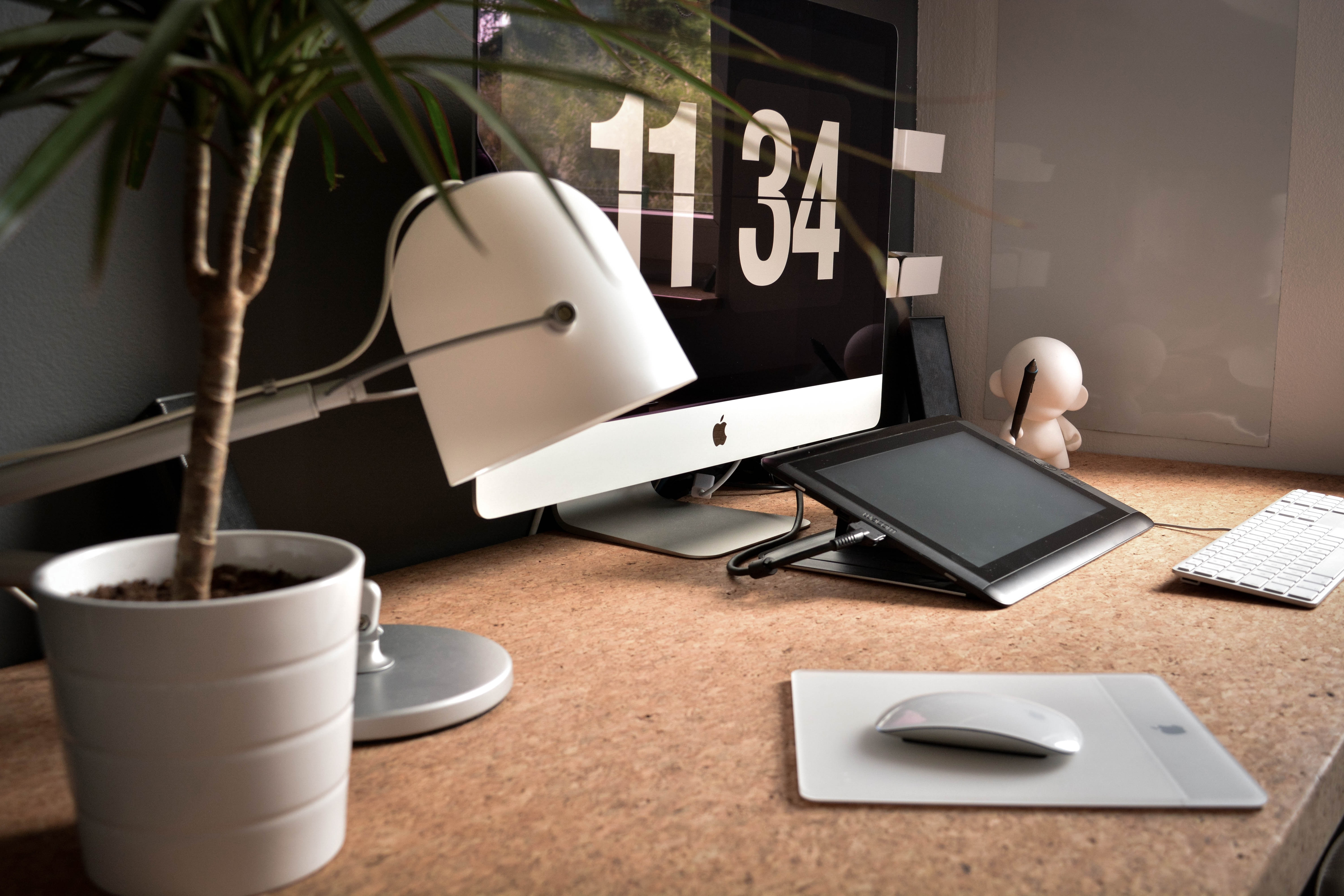 macbook time investing in workplace wellbeing benefits of investing in workplace wellness business